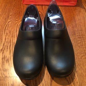 Crocs classic black clog size 11 new